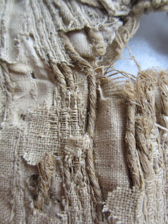 Detail of string 'stays'