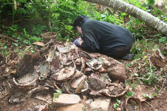 Alex finds a significant dump of pottery.