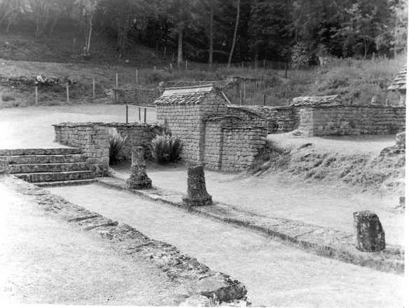 Historic picture of the bath house.