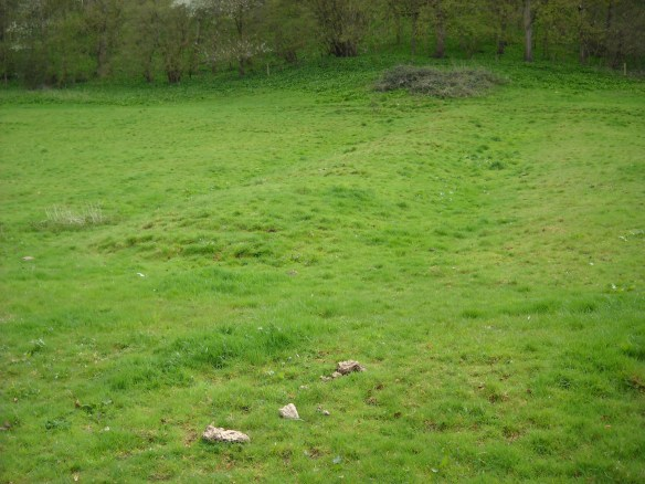 One of the medieval pillow mounds in the fields beside Horton Court constructed in the medieval period to keep rabbits. Horton had its own warren, deer park and chain of fish ponds to enable the lord to have fresh meat and fish whenever he needed it.