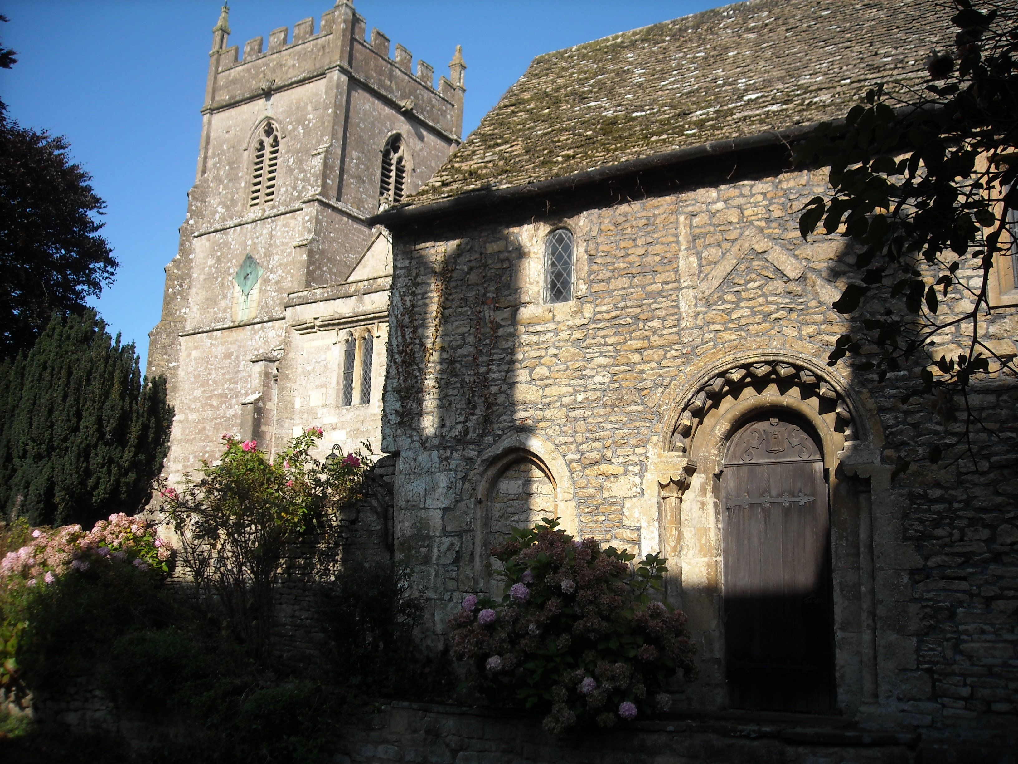 Horton's old hall. The north and south doorways forming a cross passage from the manor courtyard to the church date to the 1160s and are very similar to a doorway in Avebury church. The old hall may once have been the church as the present church has nothing as old as this.