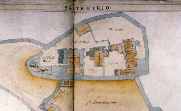 Ralph Treswell's Inner Ward plan of Corfe of 1586. The eroding wall is above the well (top right).  It is not on the plan so perhaps it was built for Lady Elizabeth Hatton or for Dame Mary Bankes.