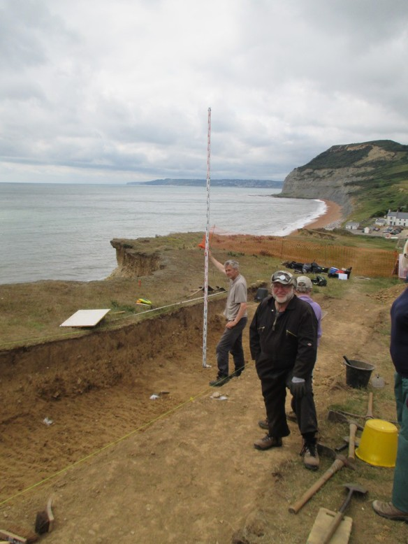 Recording the level and position of the worked flint and pottery