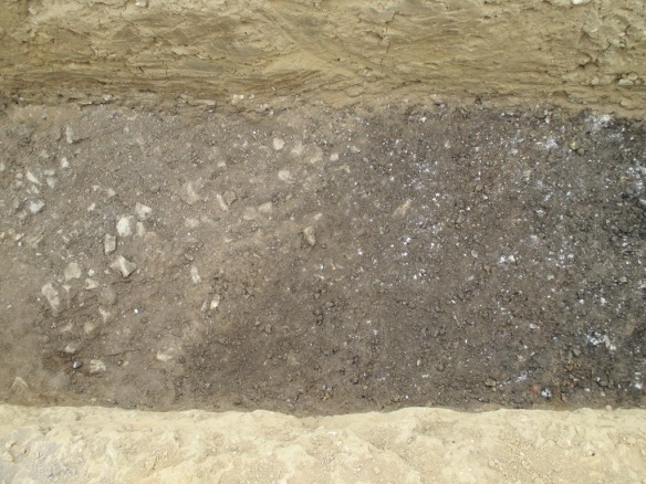 T`he stony layer on the left and the mound layer on the rigtht